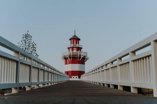 Leuchtturm im Hafendorf Rheinberg
